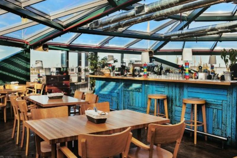 Макаронники, ресторан на крыше  БЦ «Арена Холл»