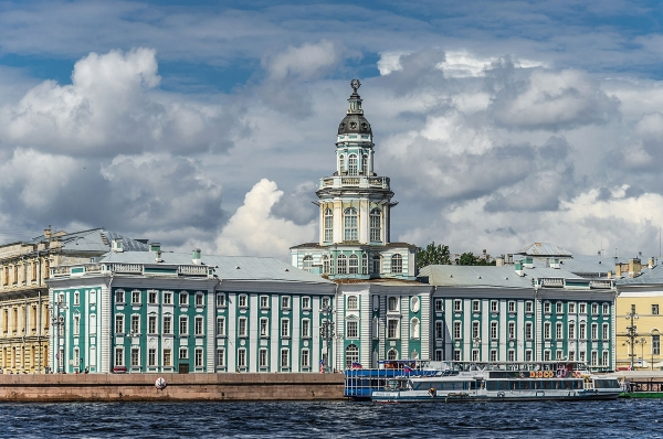Кунсткамера (Музей антропологии и этнографии им. Петра Великого)